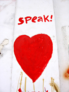 speak-love-1189637 riesma pawestri